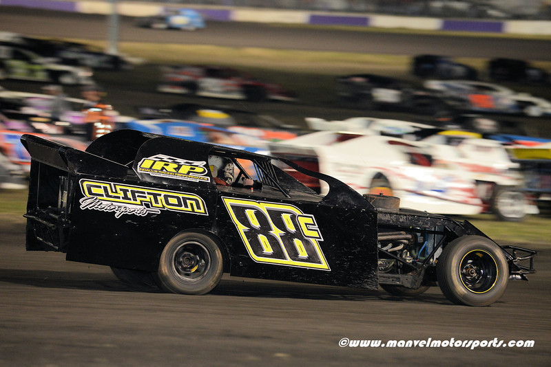 Royal Purple Raceway, 14 November 2013